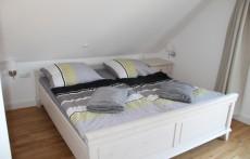 2. Schlafzimmer im OG